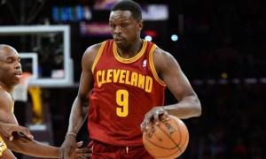 Luol Deng Miami Heat switch