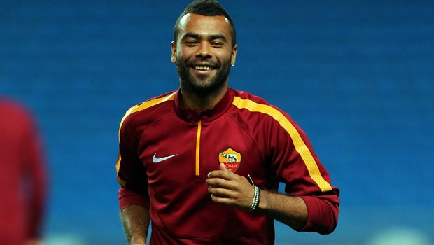 Ashley Cole turns up heat on Manchester City