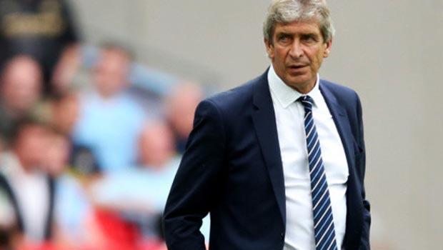 Manchester City boss Manuel Pellegrini bemoans ref justice
