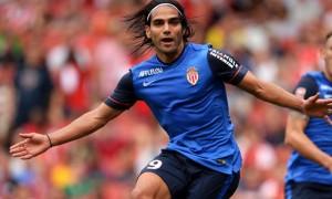 Manchester United agree shock Radamel Falcao loan deal
