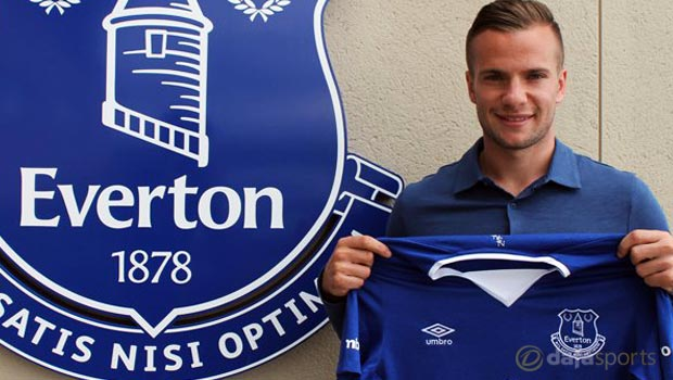 Everton captain Phil Jagielka tips Tom Cleverley to impress
