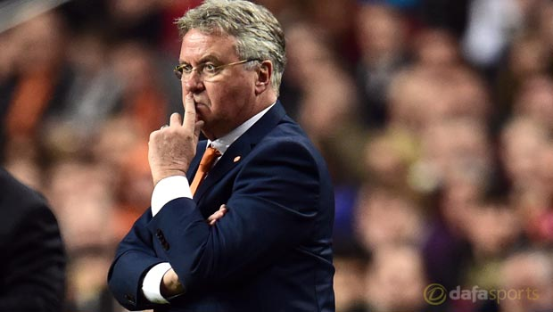 Guus Hiddink quits Netherlands post