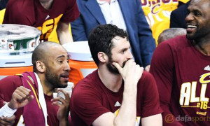 NBA: Cleveland Cavaliers guard Dahntay Jones suspended for Game 4