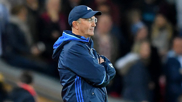 Pulis backs Liverpool for title