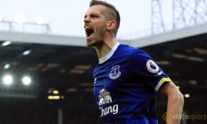Everton-Morgan-Schneiderlin