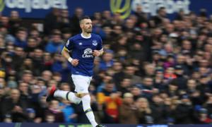 Everton Schneiderlin aiming for Europa League