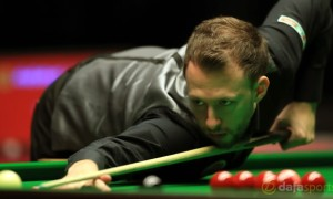 Judd-Trump-Players-Championship-crown-snooker