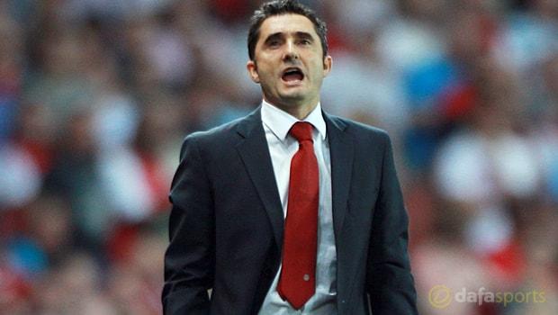 Barcelona boss Ernesto Valverde expects Man United to challenge