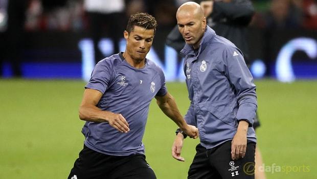 Real Madrid coach Zinedine Zidane expecting Cristiano Ronaldo stay