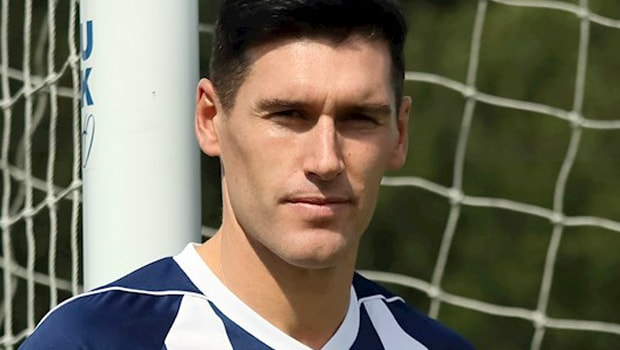Baggies complete Gareth Barry signing