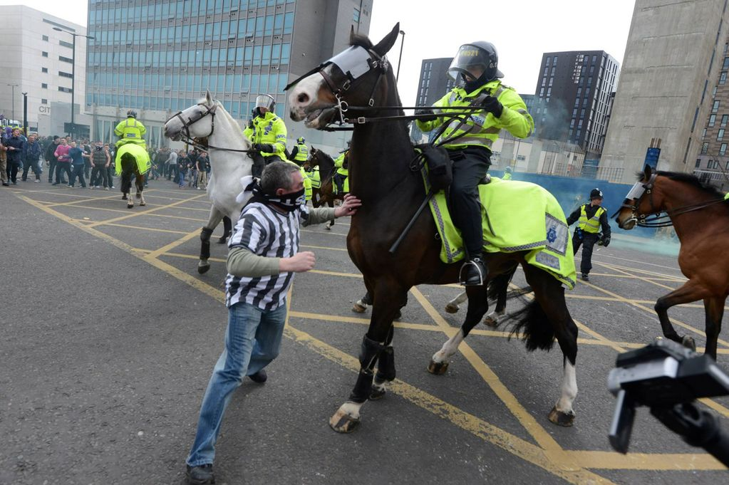 SOCCER_RIOTS_NEWCASTLE