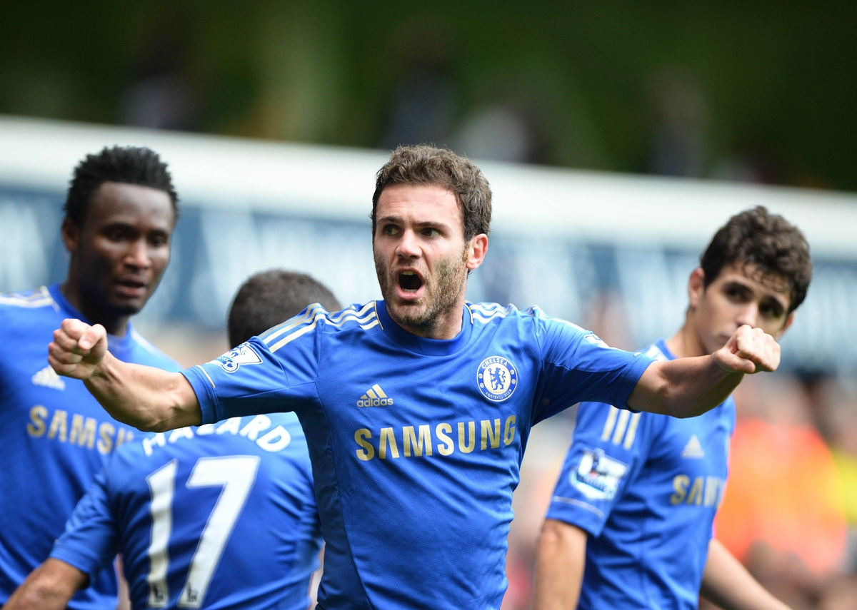 Juan Mata of Chelsea celebrates scoring to make it 2-2