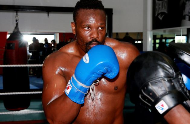 British heavyweight Dereck Chisora v Malik Scott
