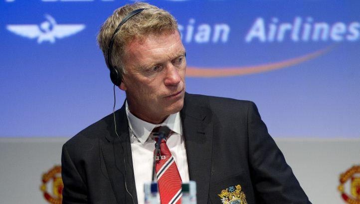 Manchester United boss David Moyes expects Cesc Fabregas