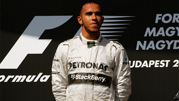 W04 impressed by mercedes Lewis Hamilton