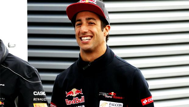 Daniel Ricciardo to redbull