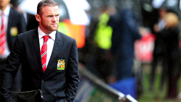 Manchester United striker Wayne Rooney is mourinho bid
