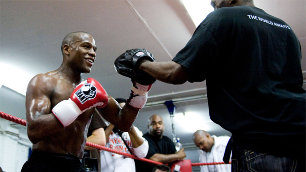 Floyd Mayweather Jr would like to fight in England