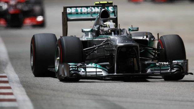 Mecedes Lewis Hamilton Singapore GP