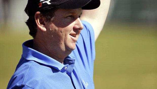 Golf-JJ-Henry-smashes