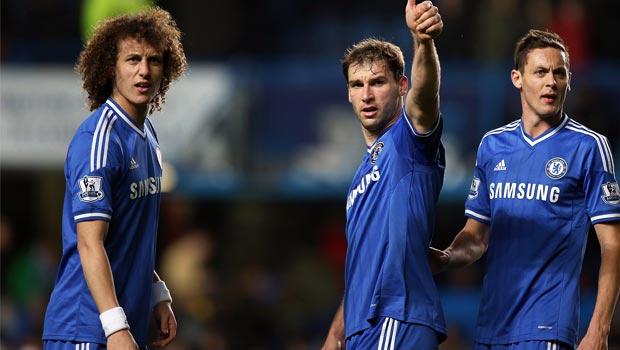 Chelsea star David Luiz and teammates