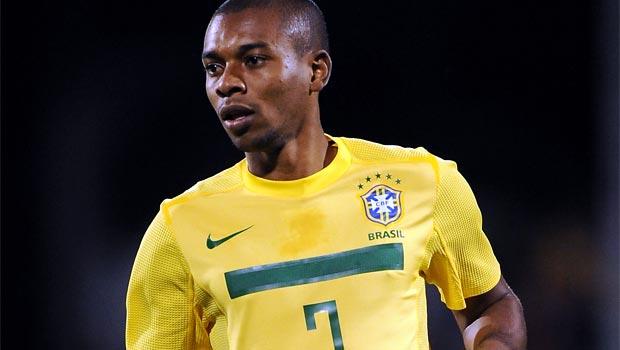 Fernandinho man city call for brazil team