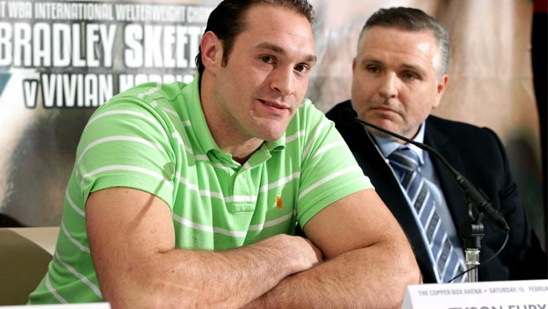 Trainer Peter Fury boxing