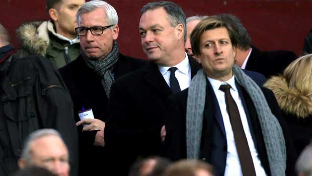 Alan Pardew with Crystal Palace chairman Steve Parish
