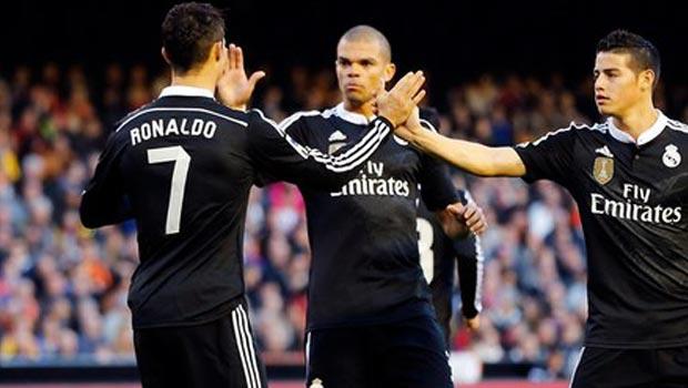 Pepe Real Madrid v Valencia
