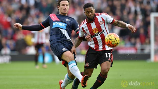 Newcastle United  Daryl Janmaat and Sunderland Jeremain Lens