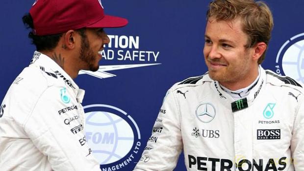 Lewis-Hamilton-happy-with-Nico-Rosberg