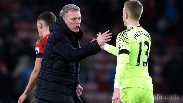 David-Moyes-and-Jordan-Pickford-Sunderland
