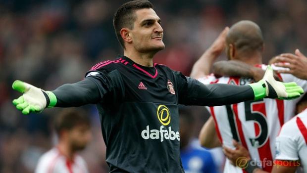 Sunderland-goalkeeper-Vito-Mannone
