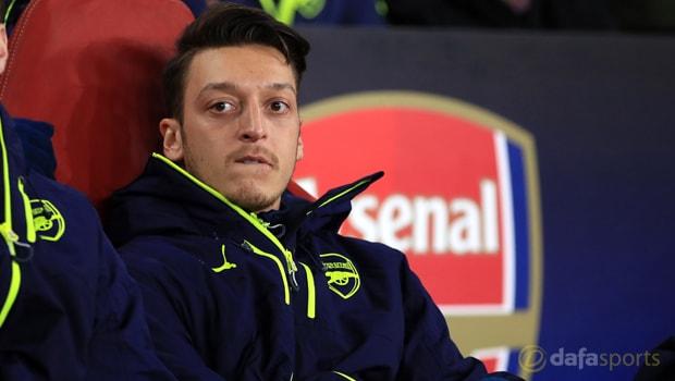Mesut-Ozil-Arsenal-extension
