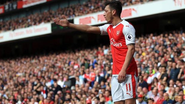 Arsenal-Mesut-Ozil