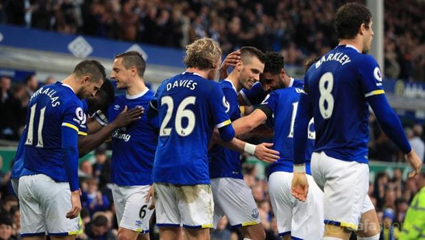Everton-midfielder-Morgan-Schneiderlin