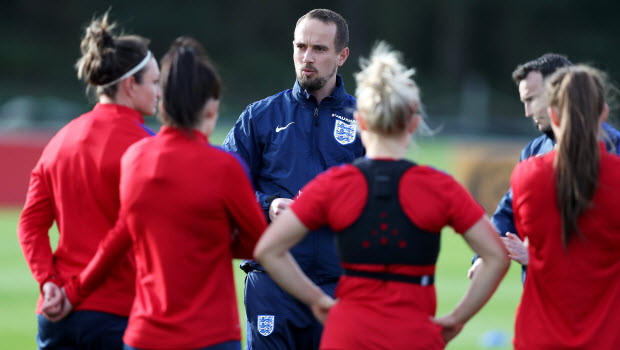 Mark-Sampson-England-Sampson excited by England